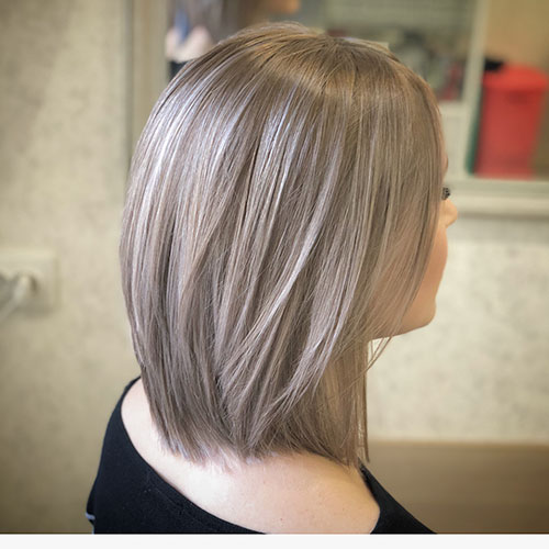 Layered Straight Bob Hair