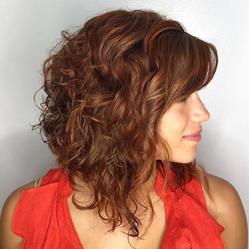 Curly Inverted Bob Hairstyles-15