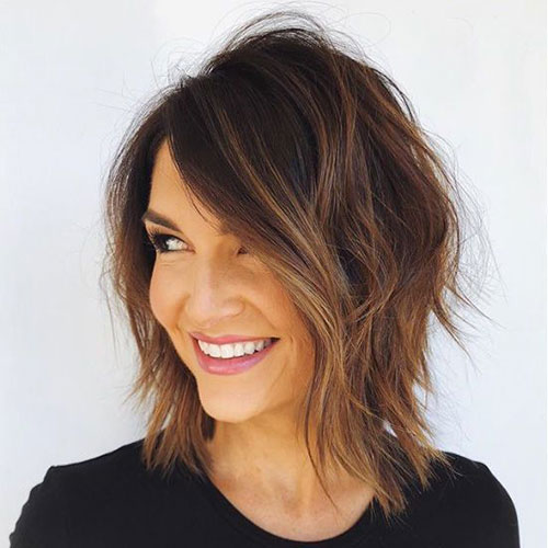 Modern Bob Hairstyles Side Bangs-17