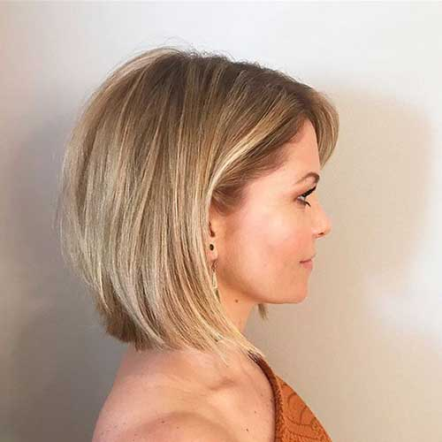 Short Bob Hairstyles for Fine Hair-14
