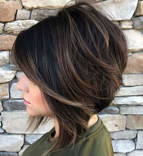 Ladies Graduated Bob Hairstyles