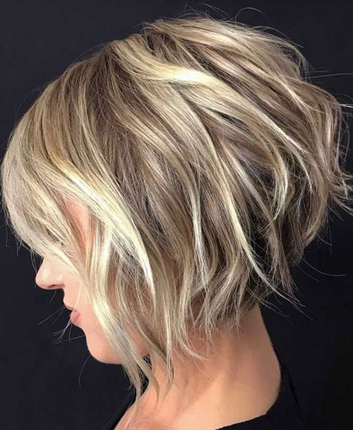 Short Graduated Bob Hairstyles