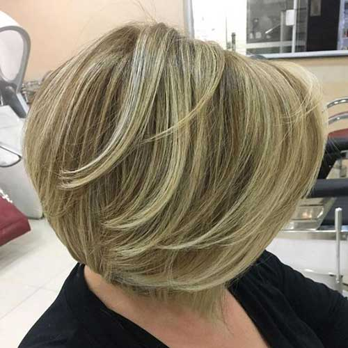 Short Layers Bob Haircuts for Women Over 40-12