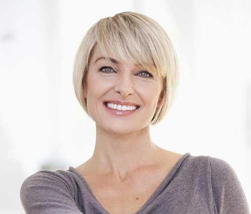 Bob Haircuts for Women Over 40-16