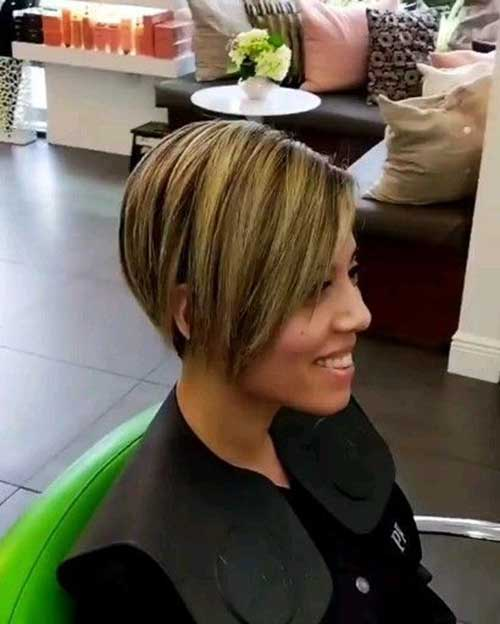 Short Bob Haircuts for Fine Hair-23