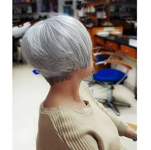 Bob Hairstyles for Women Over 50-11