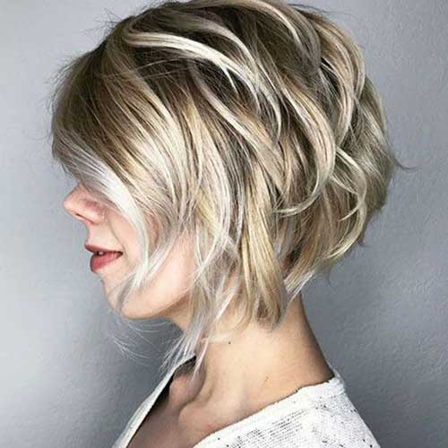 Layered Bob Cuts-11