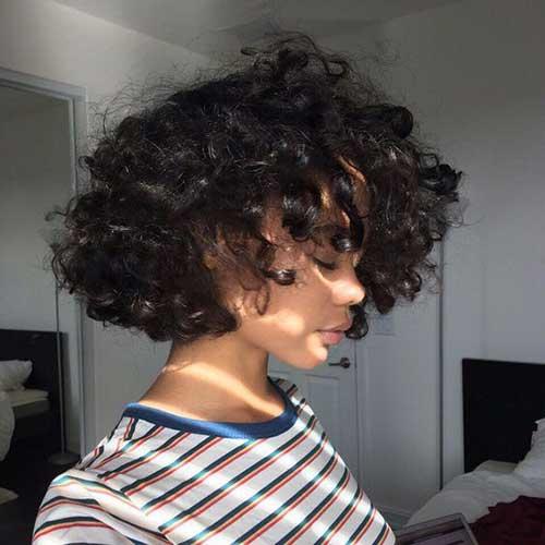 Curly Bob Cuts-12