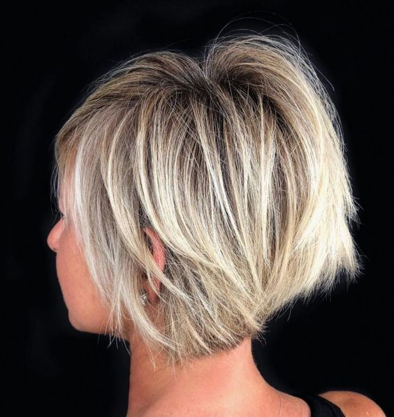 Short Bob Cuts for Women-12