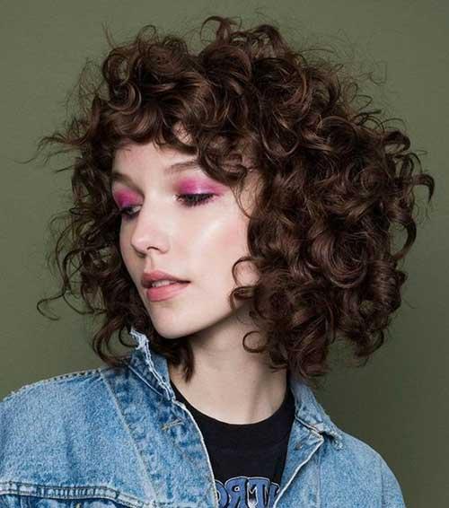 Curly Bob Cuts-16