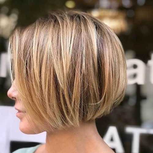 Short Bob Cuts for Women-16