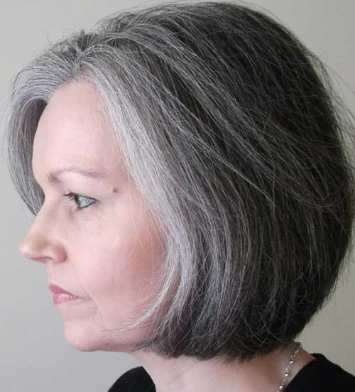Simple Bob Hairstyles for Women Over 50-6