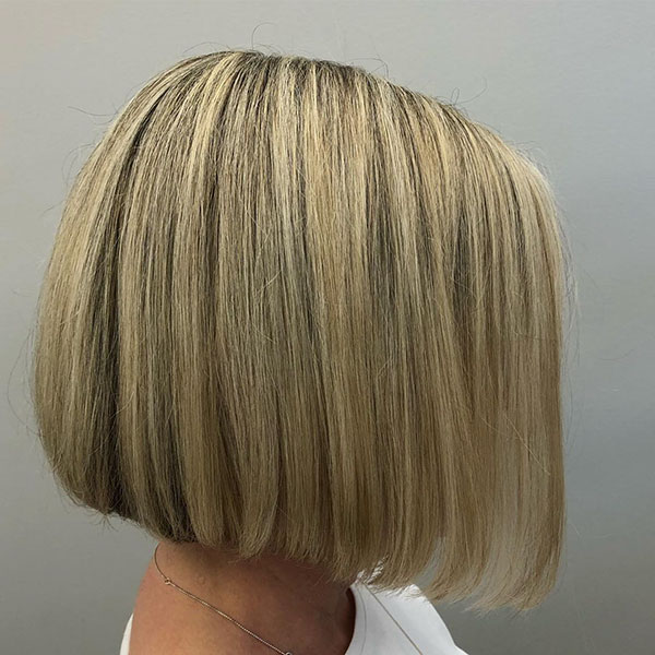 Blunt Bob Hairstyle Pictures On Short Hair