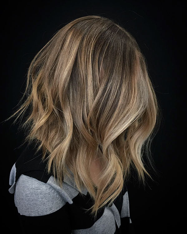 Pictures Of Medium Inverted Bob Haircuts